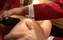 Hot Foxy Kelly sucks two dicks